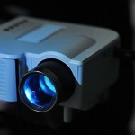 ТВ-проектор UC-40