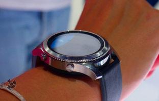 Краткий обзор умных часов Samsung Gear S3