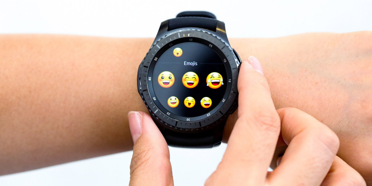 Умные часы Samsung получили совместимость с iOS