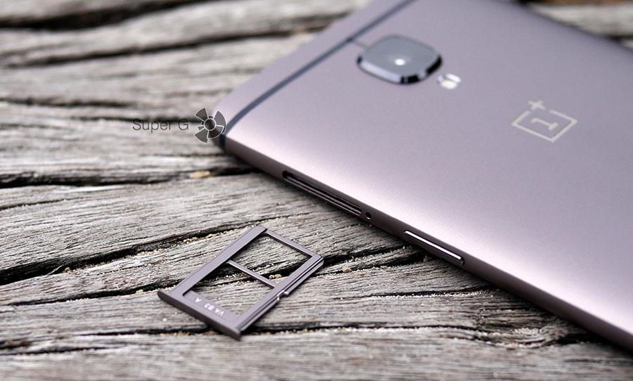 Лоток под SIM-карты в OnePlus 3T (только две Nano SIM)