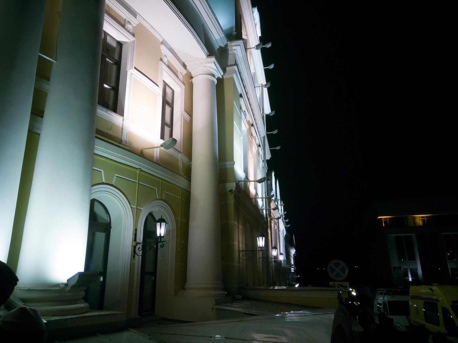 Ночное JPG-фото, проявленное из RAW