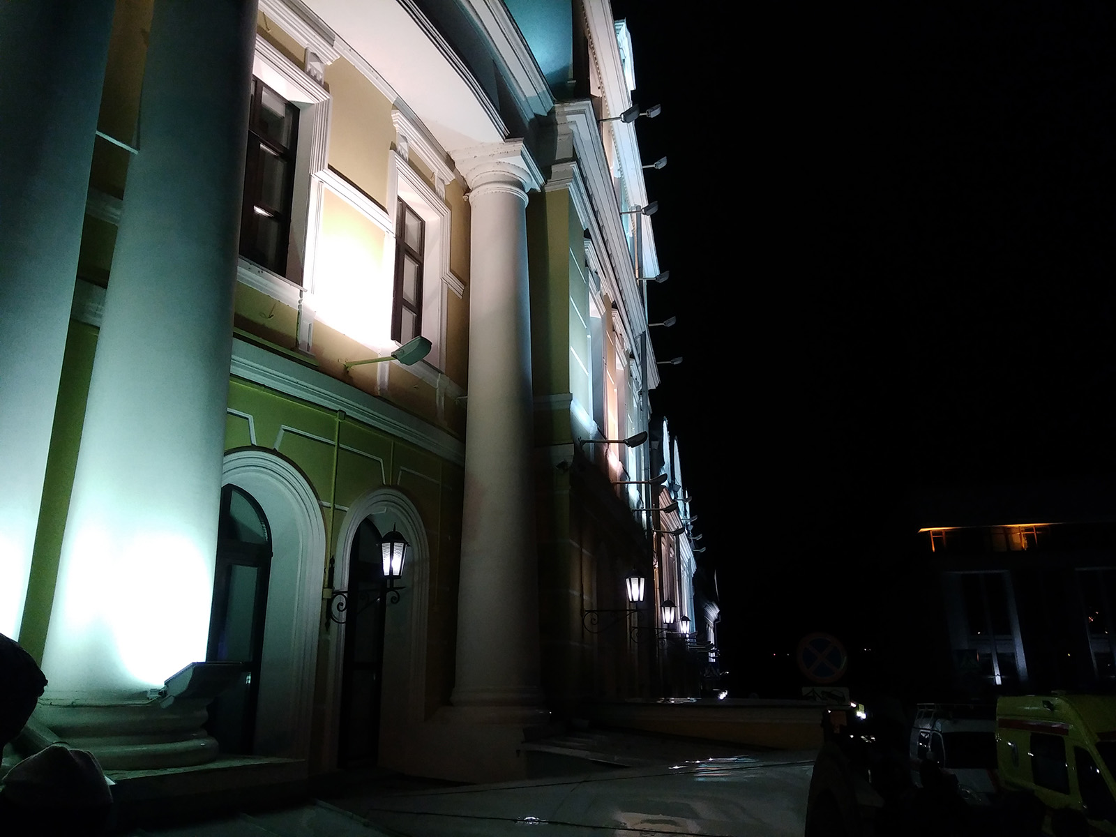 Ночное фото, сразу снятое в JPG