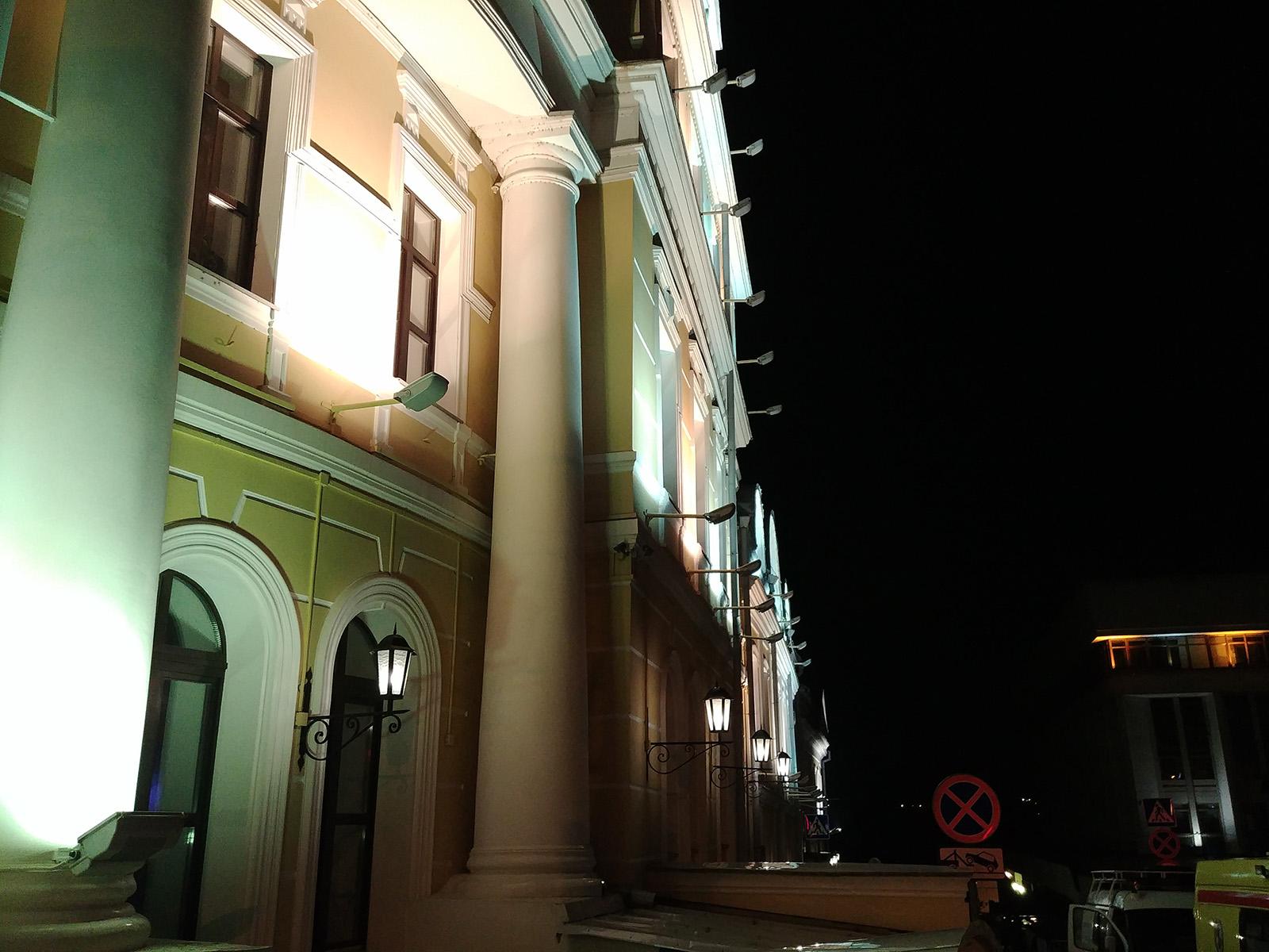Ночной снимок с камеры LG G6
