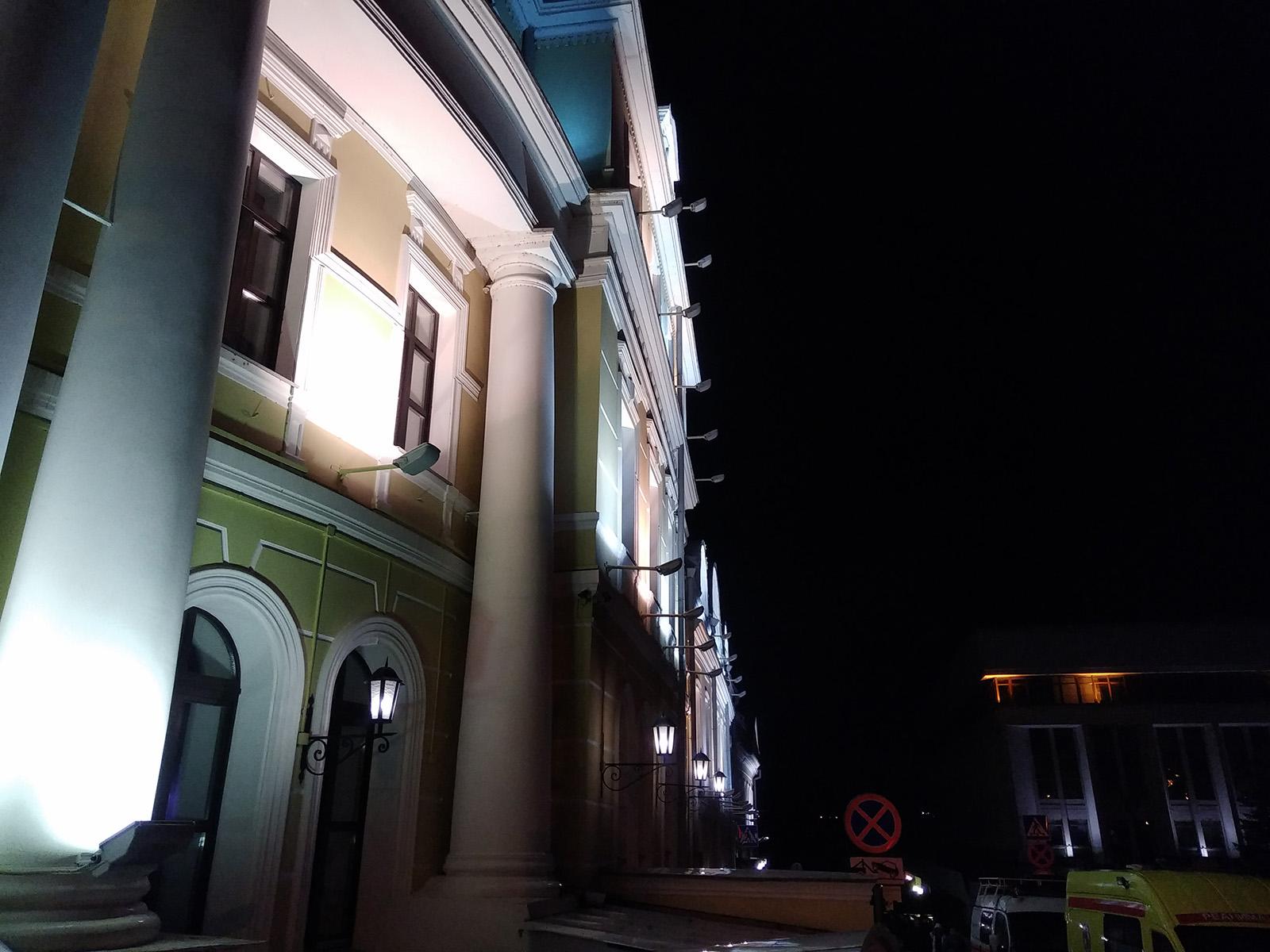 Ночной снимок с камеры Nubia Z17 mini
