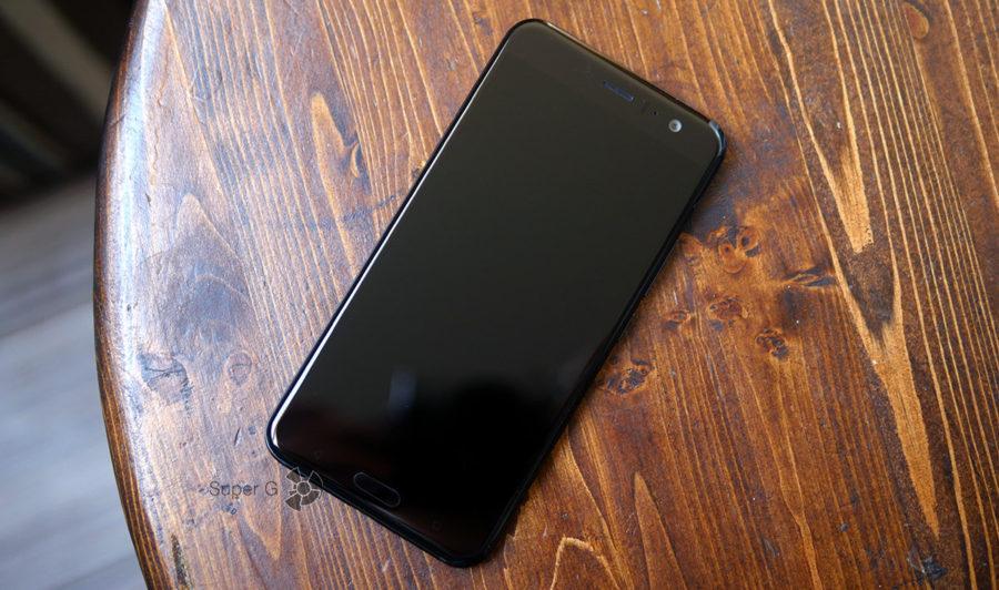 Тест HTC U11