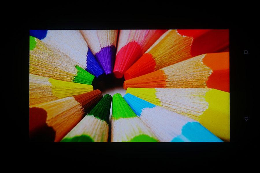 Тест экрана HTC U11 - цветопередача, контрастность и углы обзора