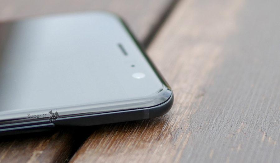 HTC U11 имеет защитное стекло Gorilla Glass 5 c эффектом 3D