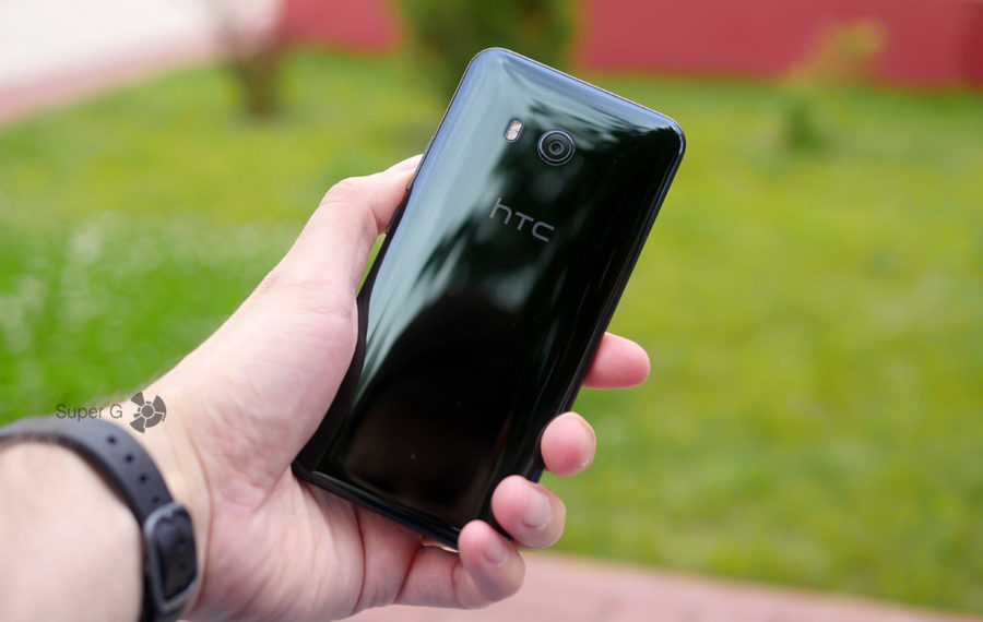 HTC U11 цвет Brillian Black