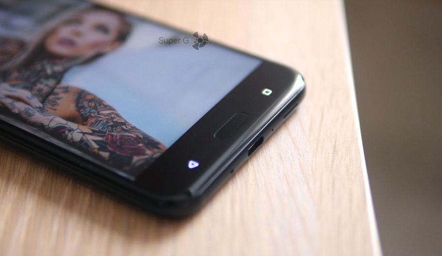 Датчик отпечатков пальцев в HTC U11 находится спереди - работает отлично