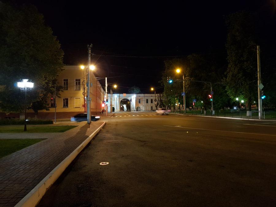 Пример ночного фото с камеры Samsung Galaxy S8