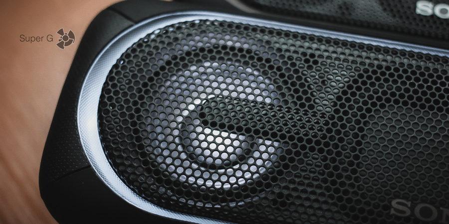 Элементы подсветки Sony SRS-XB30 и SRS-XB40