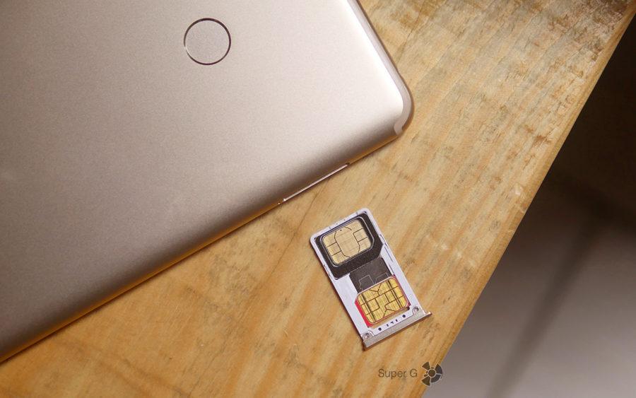 Лоток под SIM-карты в Xiaomi Mi Max 2