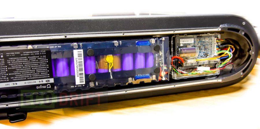 Внутри Xiaomi Mijia M365 установлено 30 элементов питания 18650