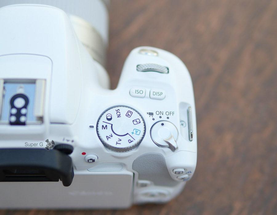 Переключатель режимов съёмки на Canon 200D