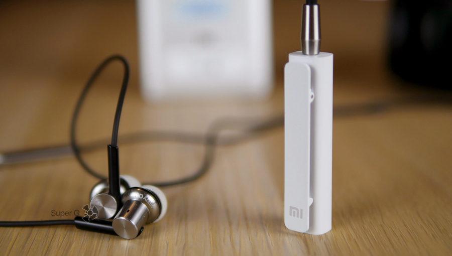 Xiaomi Mi Bluetooth Audio Receiver подключается к проводным наушникам и делает их беспроводными