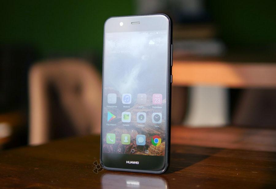 Экран смартфона Huawei Nova 2