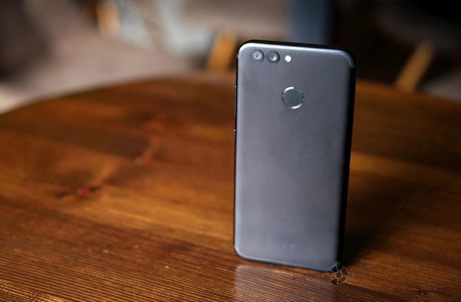 Две задние камеры Huawei Nova 2 - примеры фото