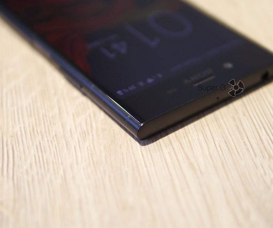 Полоски антенн Sony Xperia XZ1