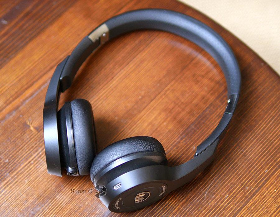 Monster Clarity HD On-Ear в разложенном состоянии