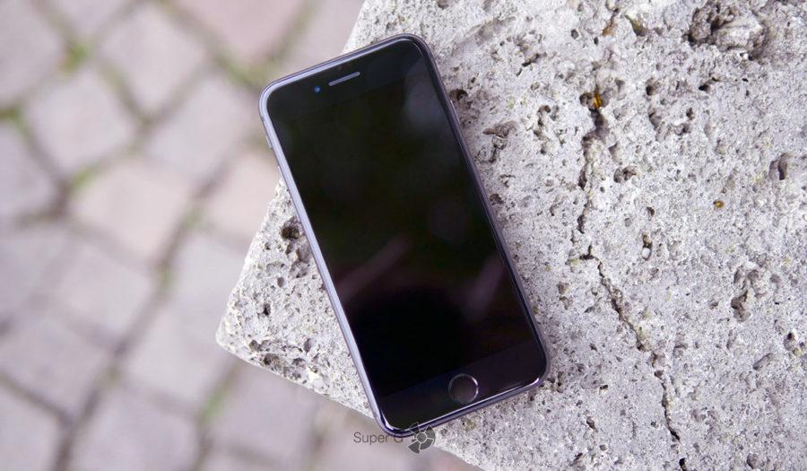 Черный iPhone 8