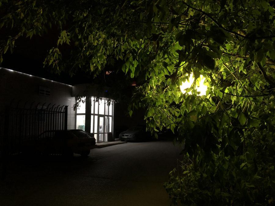 iPhone 8 Plus - пример фото, снятого ночью