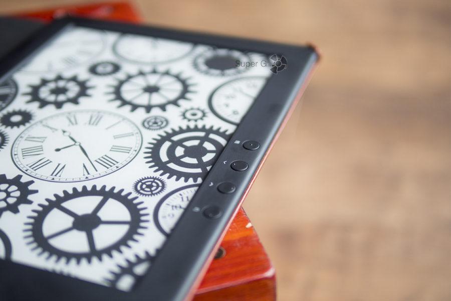 Кнопки для управления электронной книгой ONYX BOOX Chronos