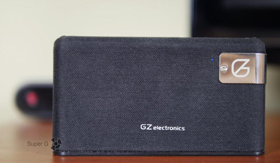 Светодиод GZ electronics LoftSound GZ-55 рядом с металлической пластиной