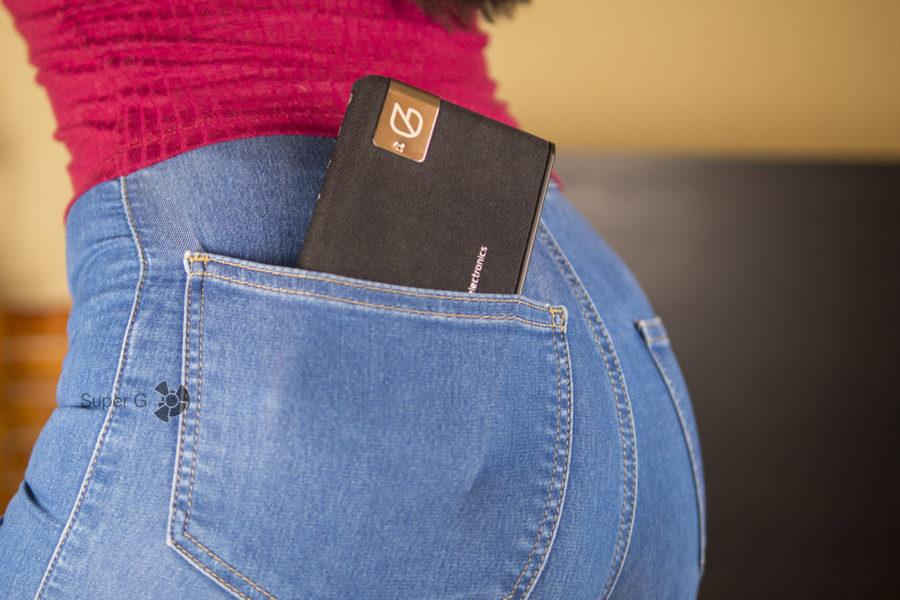 Колонку GZ electronics LoftSound GZ-55 можно носить в кармане