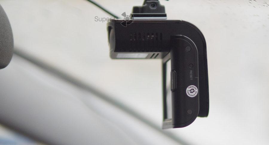 Кнопка Reset в Neoline X-COP 9700s