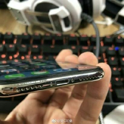iPhone X царапины на металлическом канте