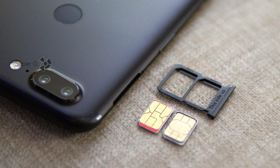 Лоток для SIM-карт в OnePlus 5T
