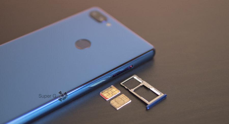 Комбинированный лоток под SIM-карты в Oukitel MIX 2