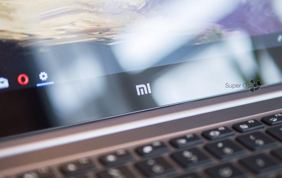 Символ mi на Xiaomi Mi Notebook Pro