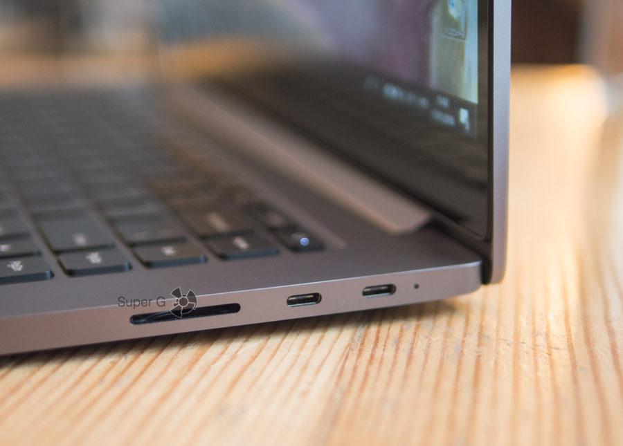 Разъёмы Xiaomi Mi Notebook Pro - правая сторона