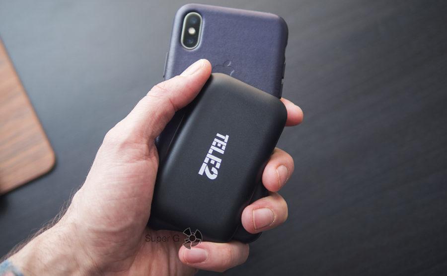 Мобильный роутер Теле2 очень легкий и поэтому его удобно брать с собой