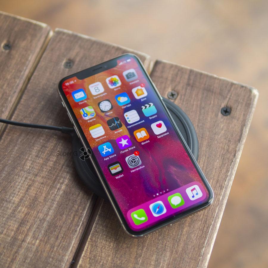 iPhone X и беспроводная зарядка Mophie