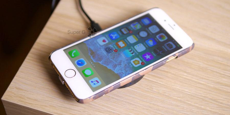 Беспроводная зарядка Qi для iPhone 6 позволяет заряжать смартфон даже в чехле