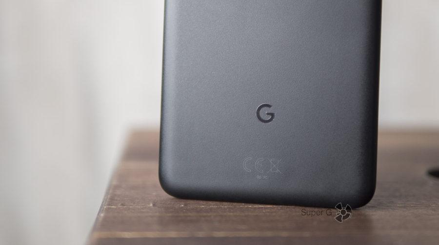 Металлический корпус Google Pixel 2 XL скрывается под пластиковым напылением