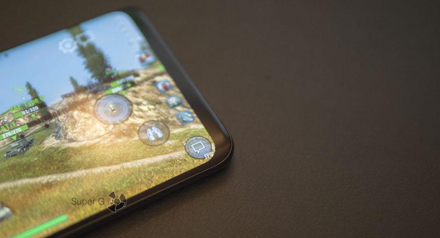 Закруглённый экран в Samsung Galaxy S9+ скрывает часть информации