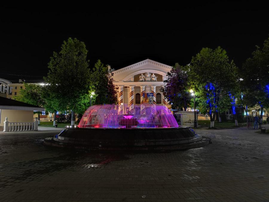 Пример простой ночной фотографии с uawei P20 Pro