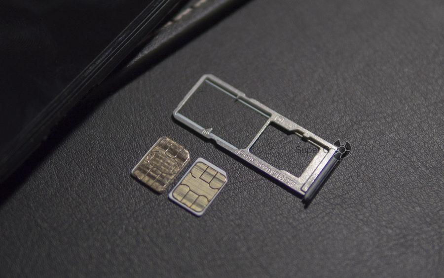 Лоток под SIM-карты и Micro SD в Vivo V9 Youth раздельный