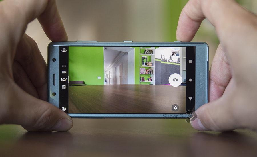 Фотографии с камеры Sony Xperia XZ2 Compact