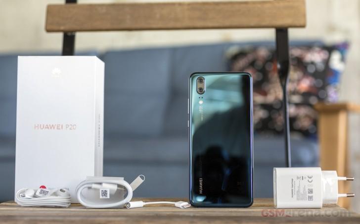 Комплектация Huawei P20