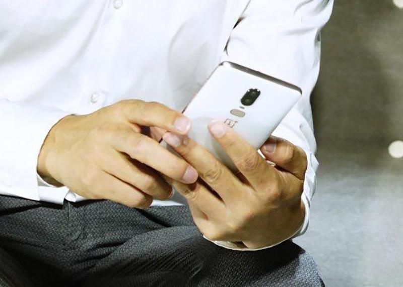 Белый OnePlus 6 Sandstone White
