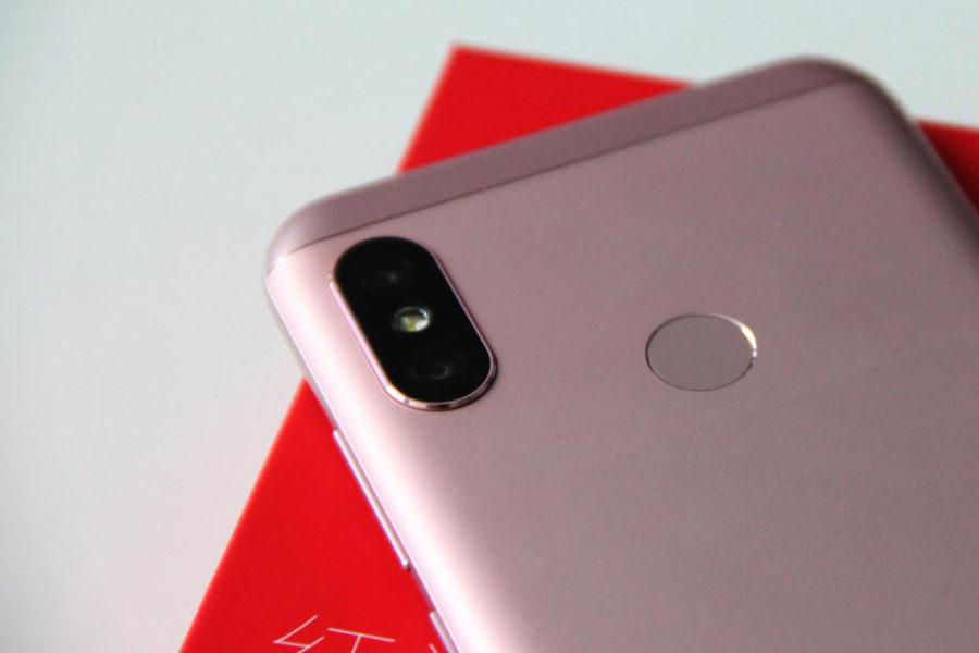 Двойная задняя камера Xiaomi Redmi 6 Pro