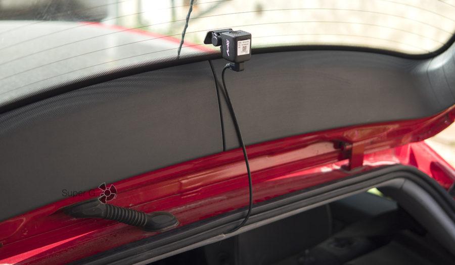 Установка камеры заднего вида Mio MiVue A30 в автомобиль
