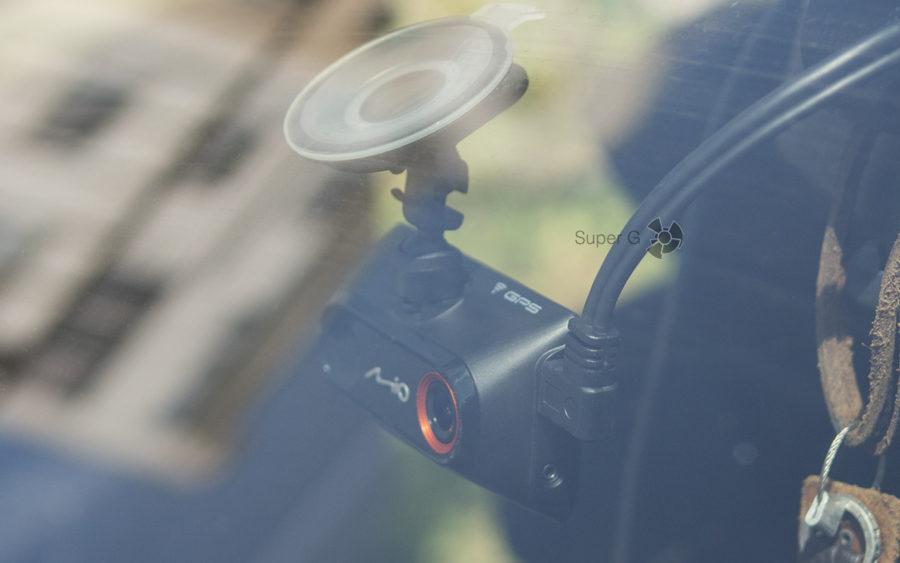 Подключение к видеорегистратору Mio MiVue 786 камеры заднего вида Mio MiVue A30