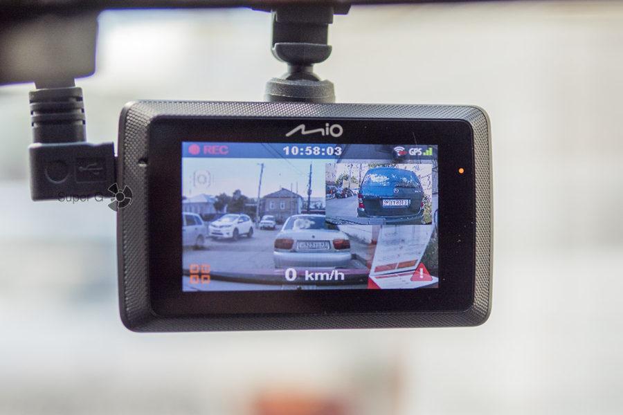 Запись на две камеры при помощи видеорегистратора Mio MiVue 786