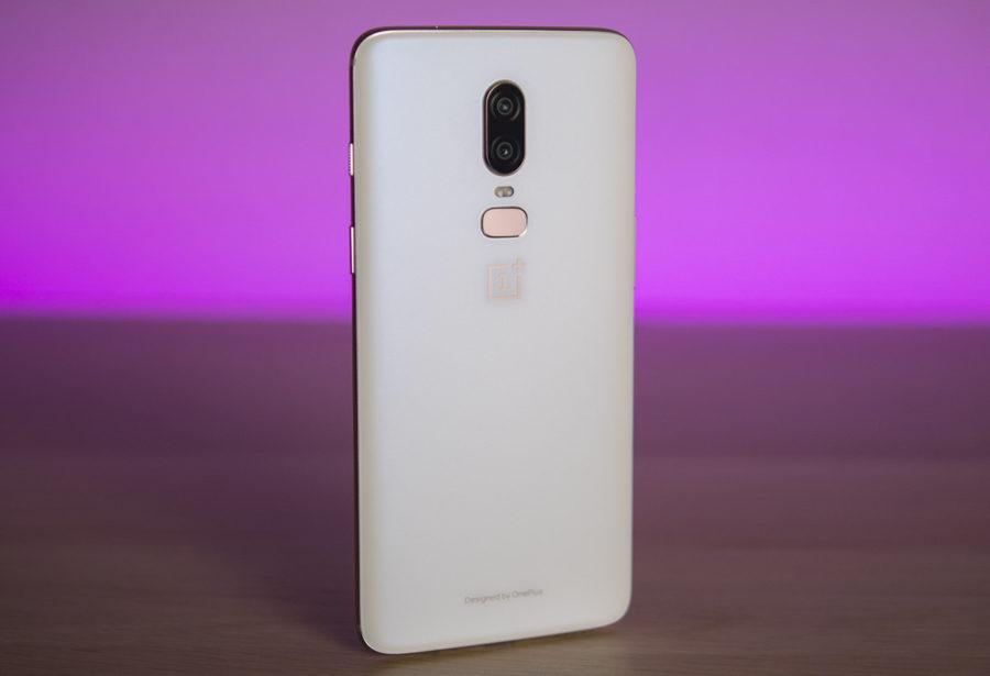 Белый OnePlus 6 купить в Москве
