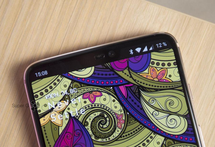 Вырез в дисплее OnePlus 6 можно скрыть в настройках